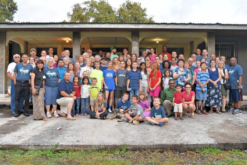 Maranatha Family Christmas Mission Trip Panama (2015)