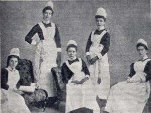 Nursing uniforms through the years